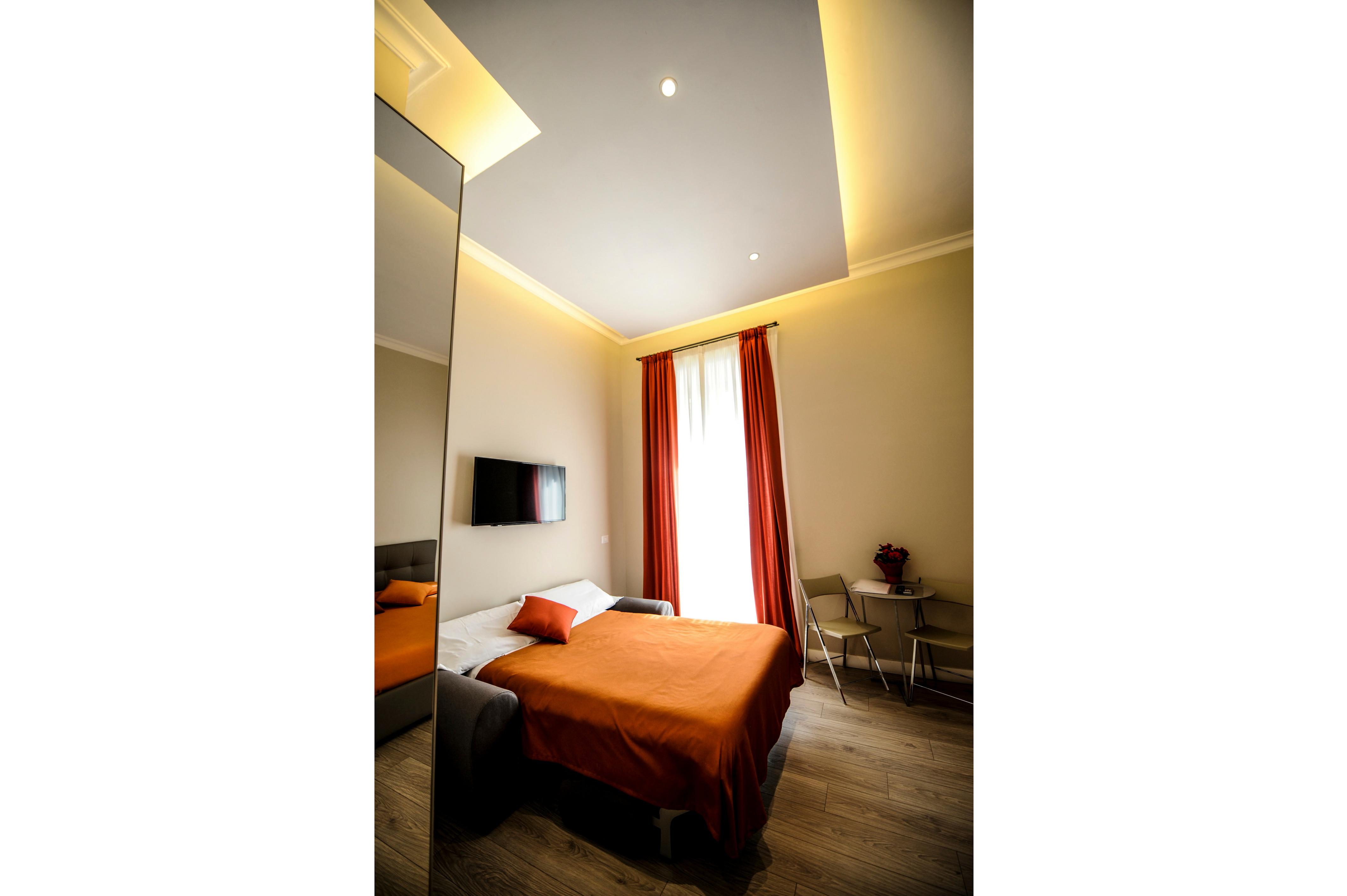bedroom plus curtains